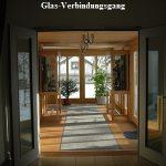 Glas-Verbindungsgang ins ehemalige Heimatmuseum